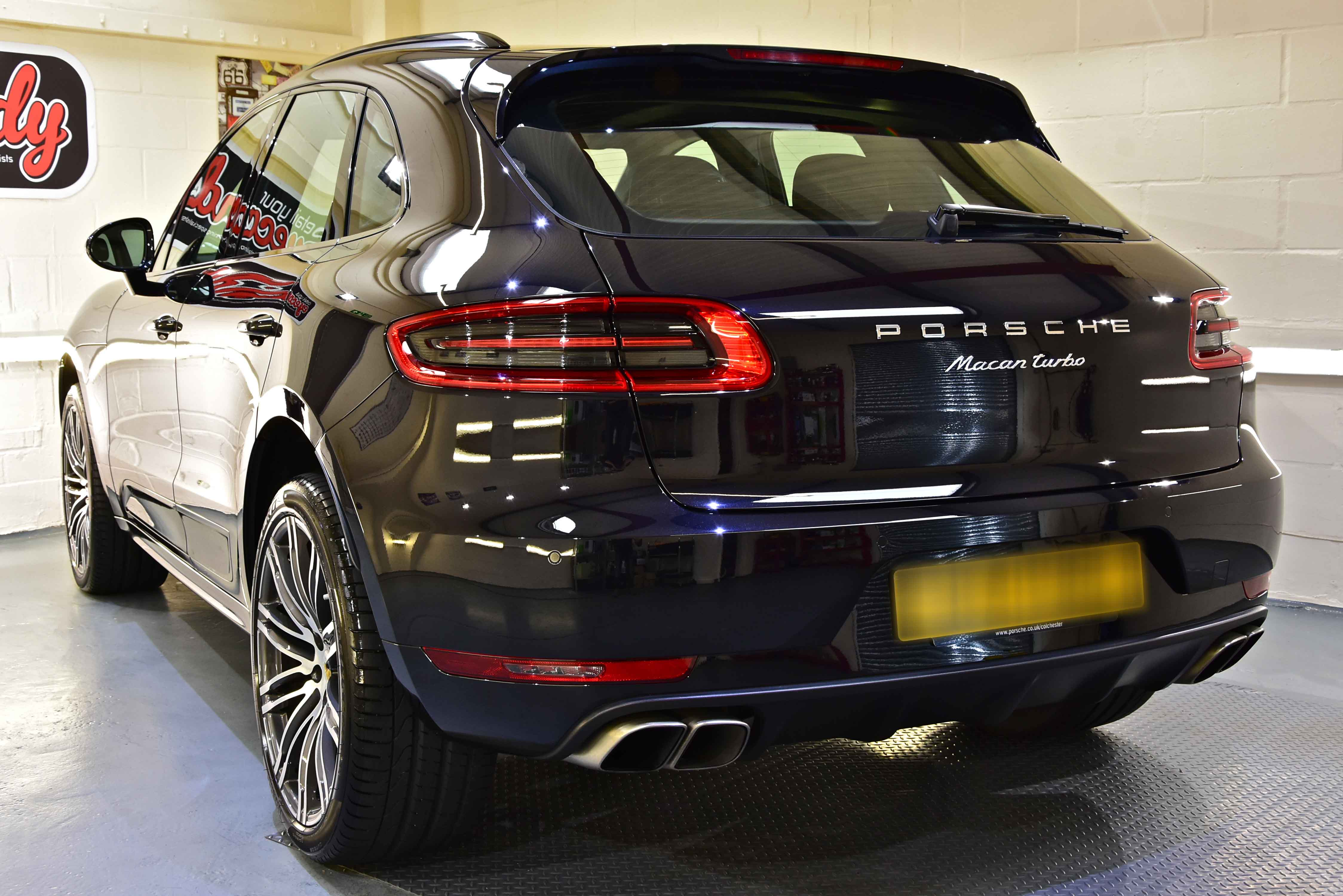 Porsche Macan Light Paint Correction Detail with Gtechniq Crystal Serum Ultra and EXOv4