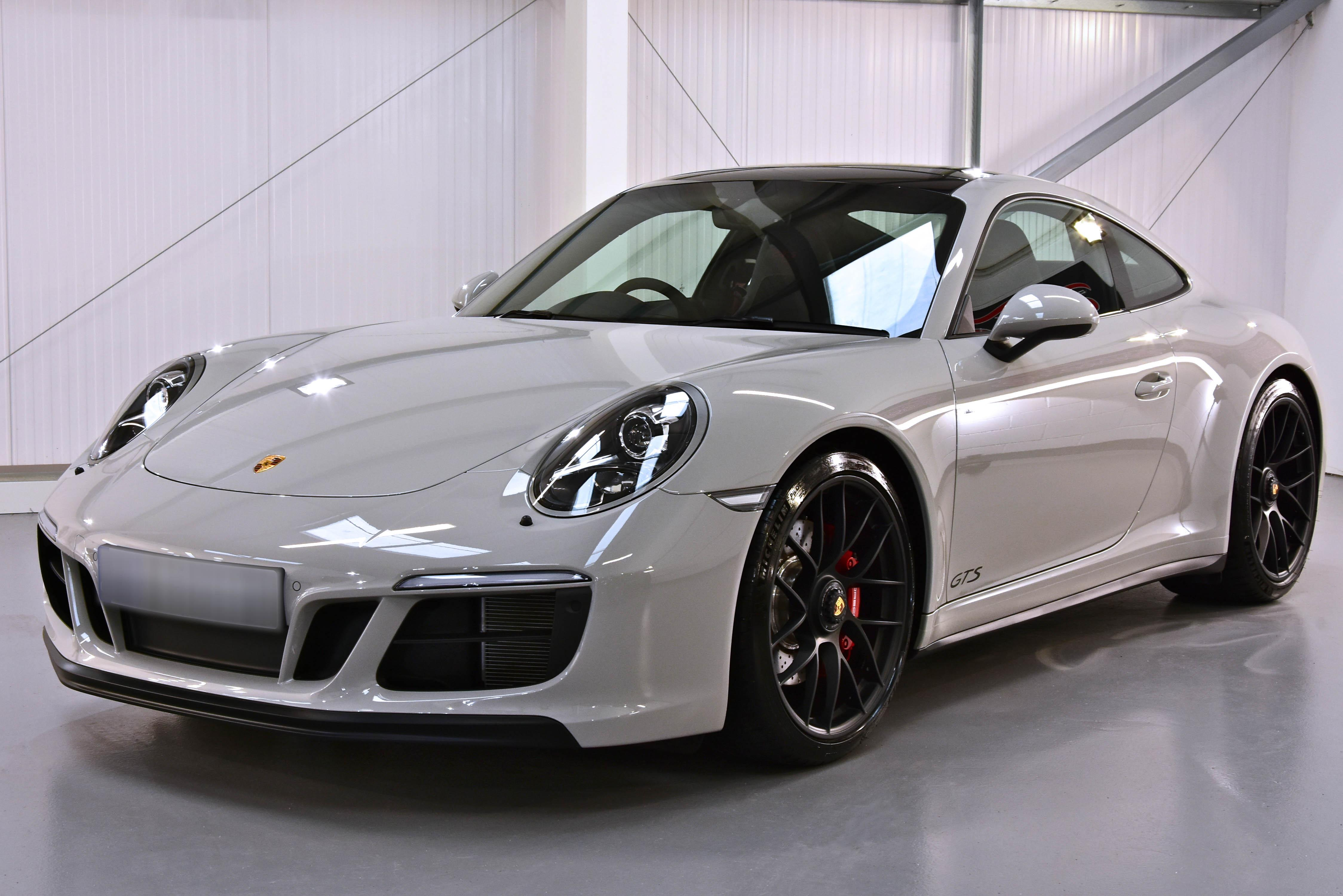 Porsche 911 GTS New Car Enhancment and Protection Detail with Gtechniq Crystal Serum Ultra and EXOv4